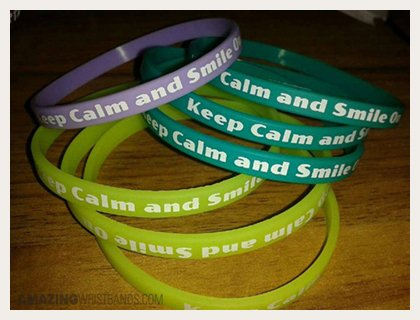 Calm And Smile Thin Bracelets